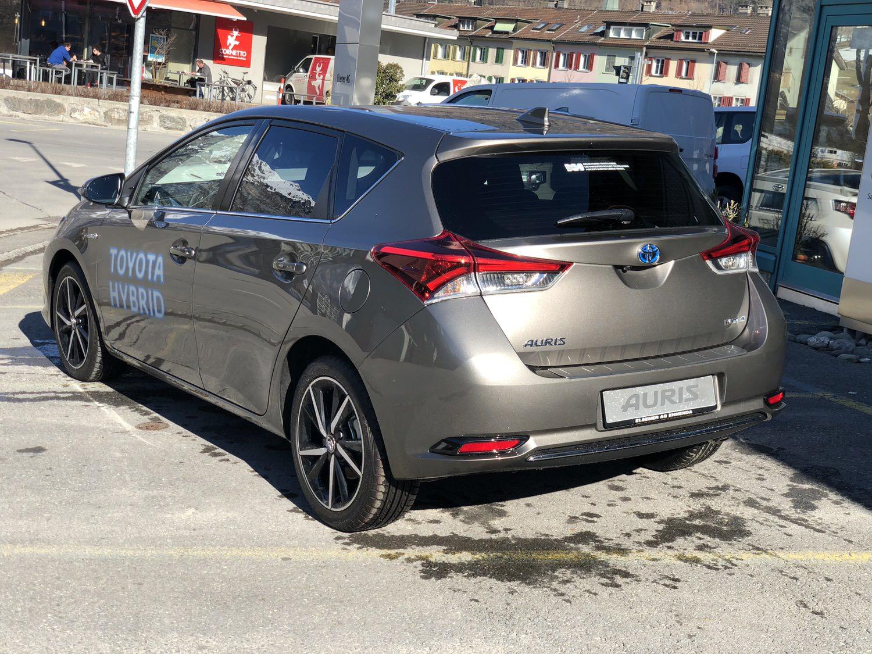 Toyota Auris Vorfuehrwagen 1