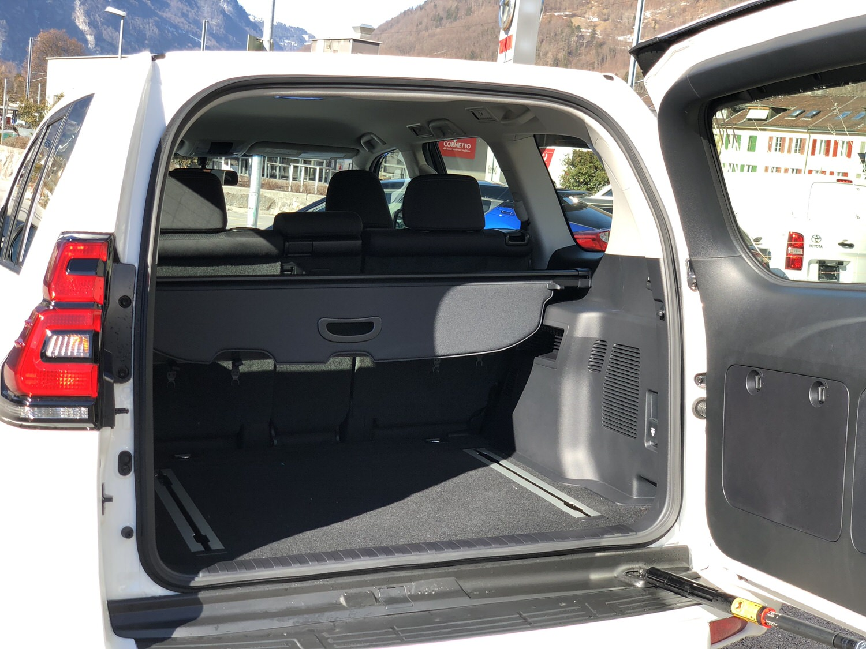 Toyota Landcruiser Comfort 4