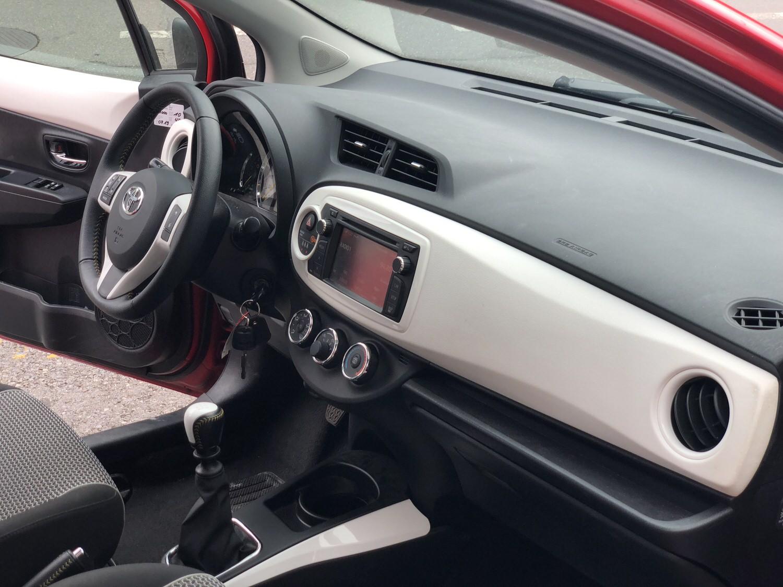 Toyota Yaris 1.33 7