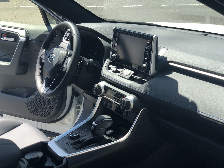 Toyota RAV4 HSD Style 7